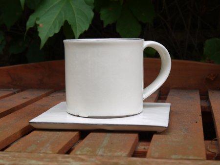白のマグカップ